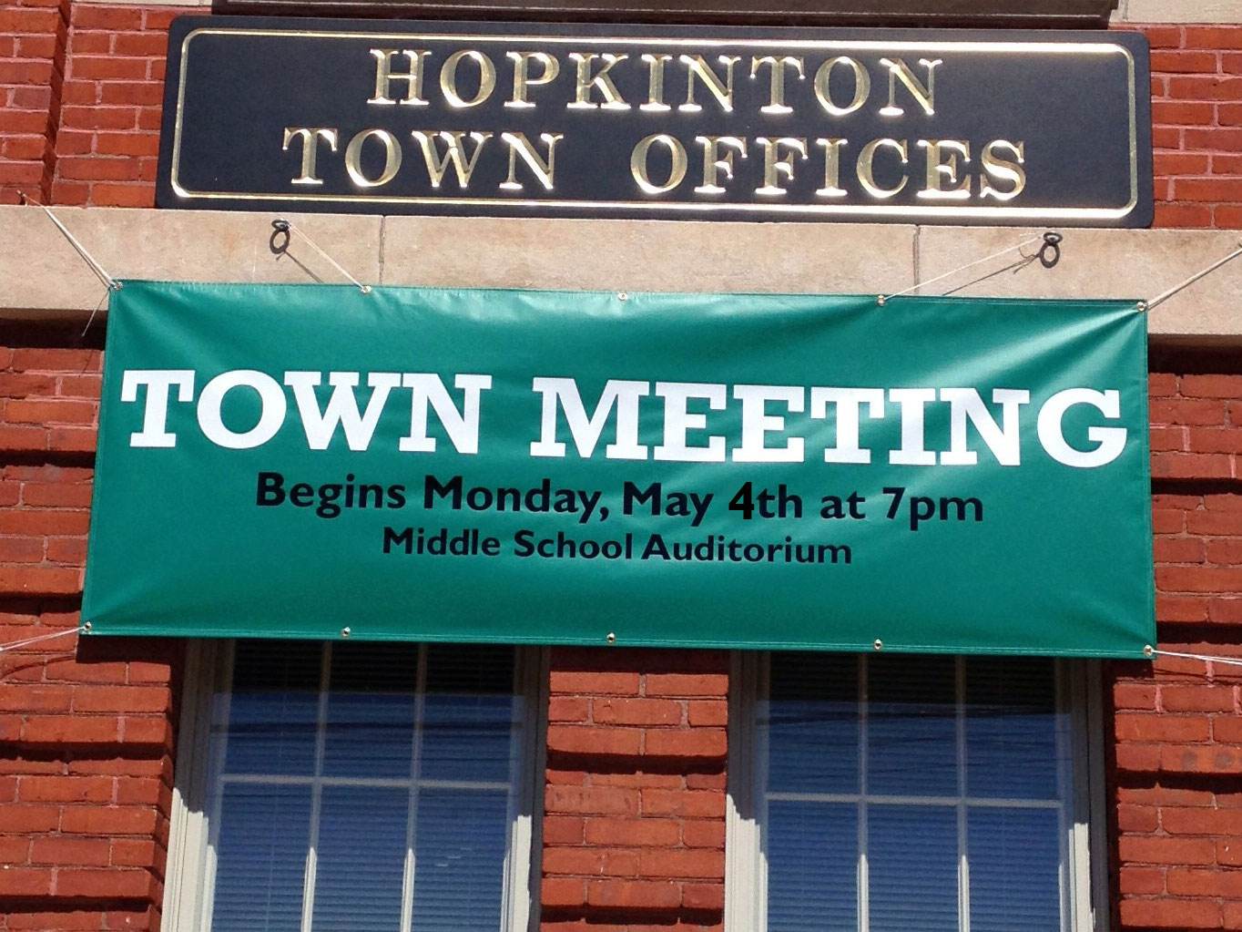 Town Meeting Begins Tonight at 7:00pm